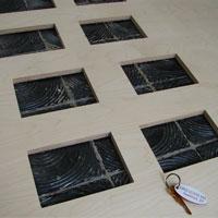 Vyfrézované otvory - překližka tl .12 mm, otvor 150x200 mm